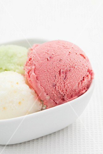 Strawberry, lemon and apple ice cream