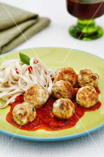 Chicken meatballs with tomato sauce