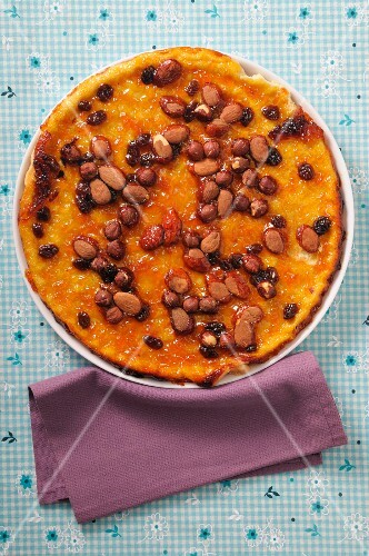 Tarte Mendiant (French cake with nuts and almonds)