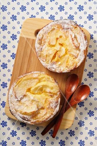 Tartelettes Normandes (French apple tartlets)