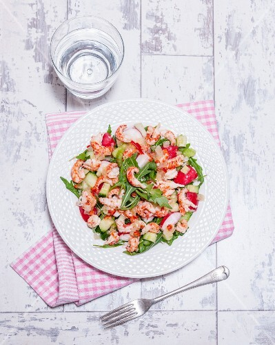 Rocket salad with crayfish, radishes and sweet chilli