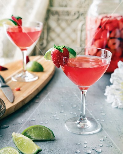 Strawberry Margarita with lime