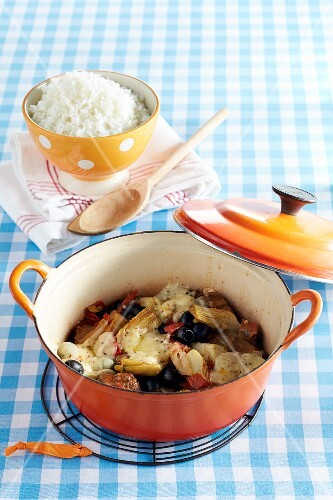 Greek-style lamb stew with rice