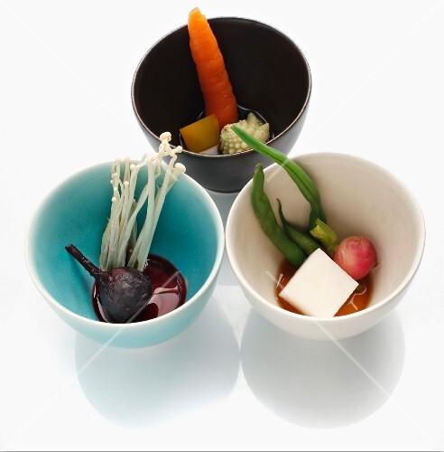 Steamed vegetables with vinaigrette