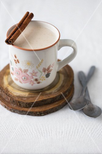 Hot milk with cinnamon