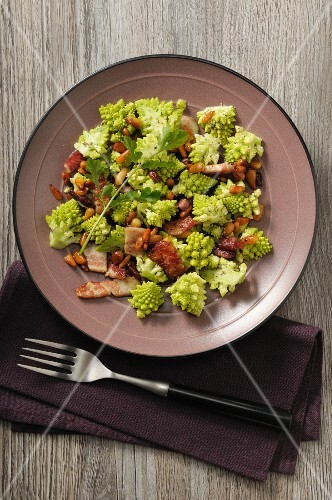 Romanesco broccoli with bacon, pine nuts and coriander vinaigrette