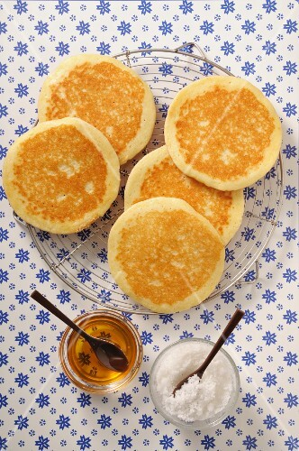 Pancakes on a wire rack