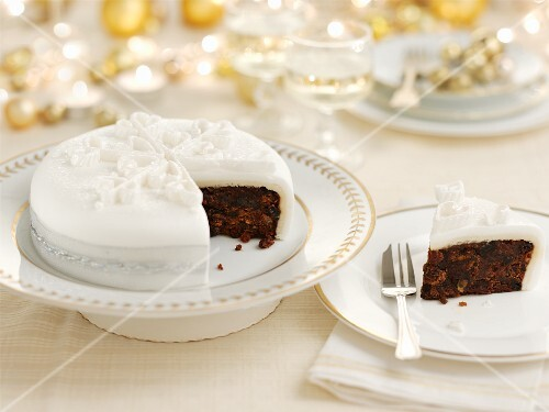 Christmas cake (Great Britain)