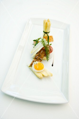 White asparagus with variations on quail