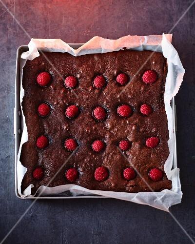 Chocolate fudge brownies with raspberries