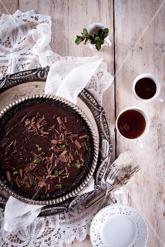 Chocolate mint tart with an Oreo base (no-bake)