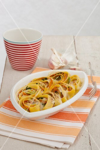 Lasagne nel girello (pasta bake with vegetables, Italy)