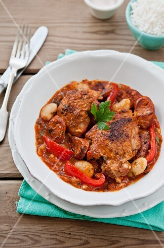 Chicken with peppers and broad beans