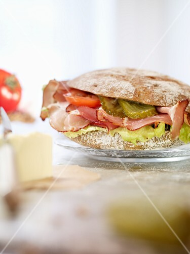 Black Forest ham and gherkins on a Vinschgauer roll (rye-wheat sour dough)