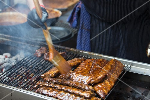 Spare ribs on a grill at 'Neuen Heimat', Berlin, Germany