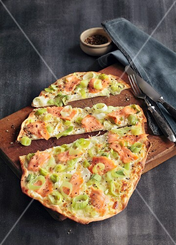 Tarte flambée with leek and salmon