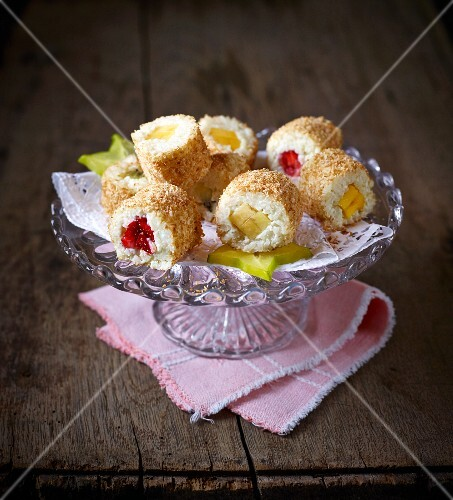 Bread rice rolls with fruit