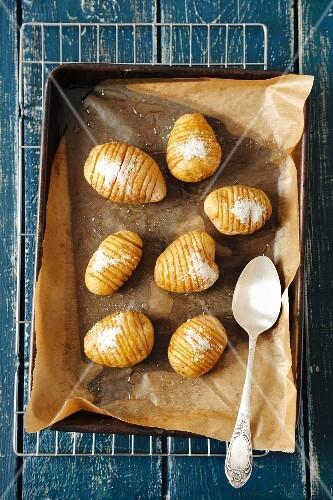Oven-baked potatoes with sea salt