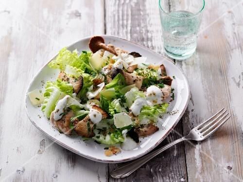 Mushroom salad with silk tofu, chicken and moringa powder
