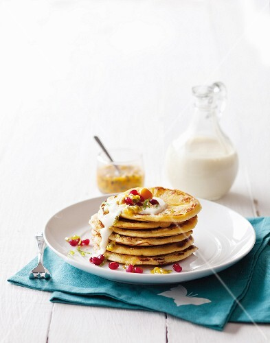 Pineapple crumpets (England)