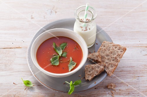 Tomato soup with oats (post fasting)