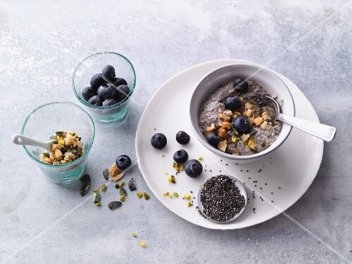 Blueberry and tofu cream with nuts and chia seeds