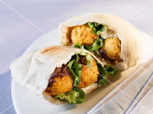 Pitta breads filled with falafel