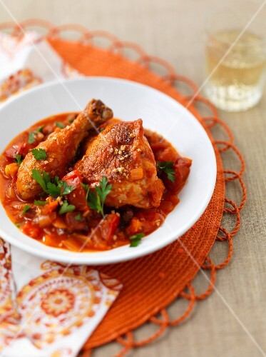 Braised chicken with tomatoes