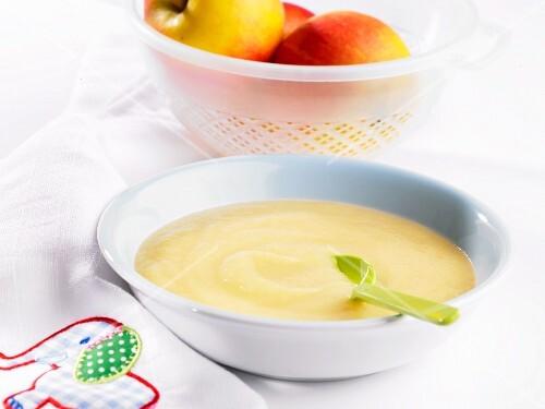 Baby food: apple purée
