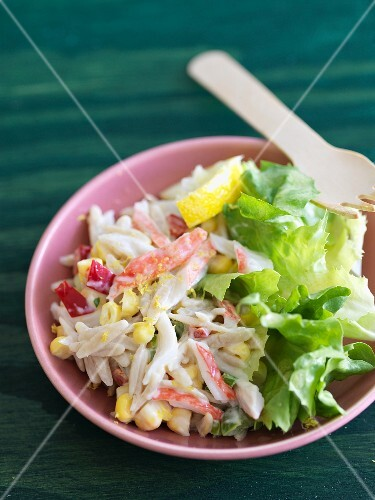 Crab and Orzo Pasta Salad with Lettuce
