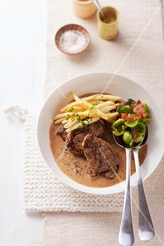 Flash-fried steaks with mustard sauce, strozzapreti pasta and Brussels sprouts