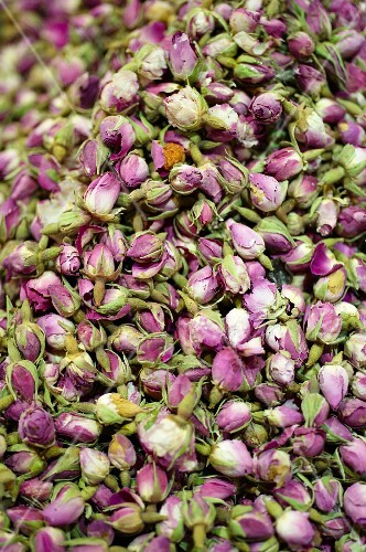 Dried rosebuds (filling picture)