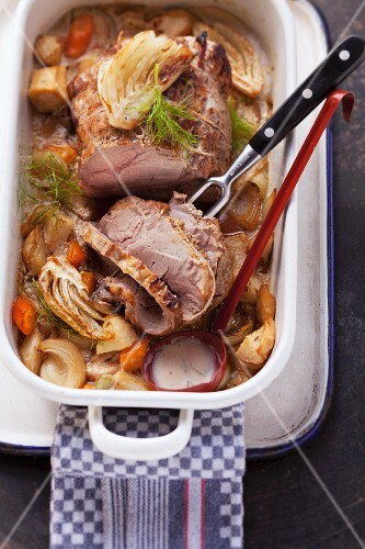 Arrosto al finocchio (roast pork with a fennel medley)