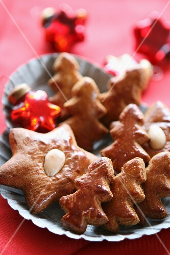 Gingerbread stars and Christmas trees
