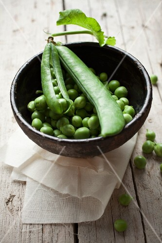 Fresh peas and pods