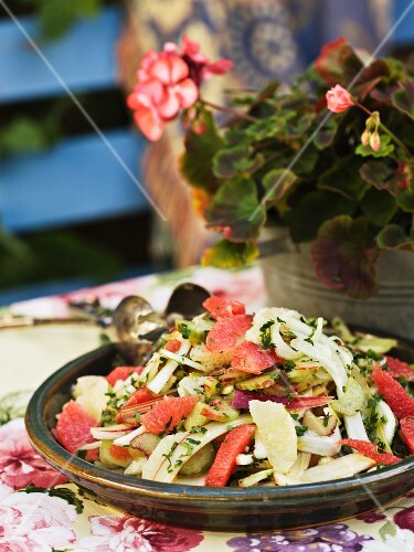 A summer salad with rhubarb and grapefruit