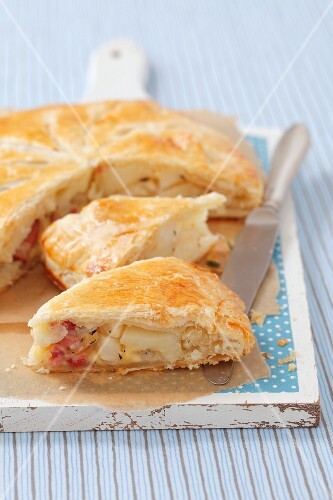 A celery, potato and smoky bacon puff pasty pie