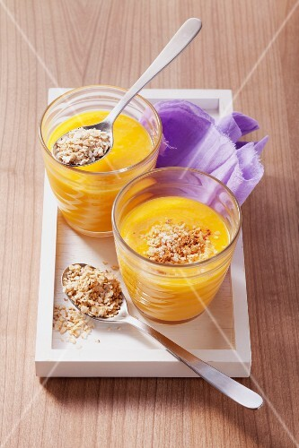 Apple-mango puree with whey and rice flakes