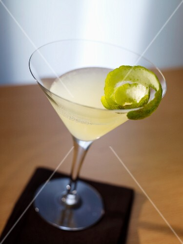 'Kamikaze' (cocktail with vodka and lime juice)