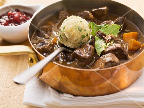 Venison goulash with bread dumplings