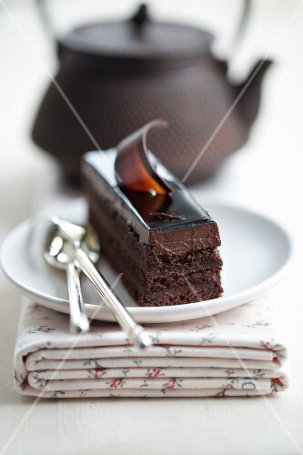 Chocolate slice with chocolate mousse