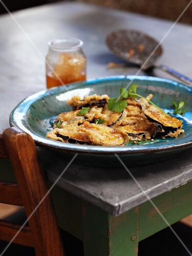 Deep-fried slices of aubergine