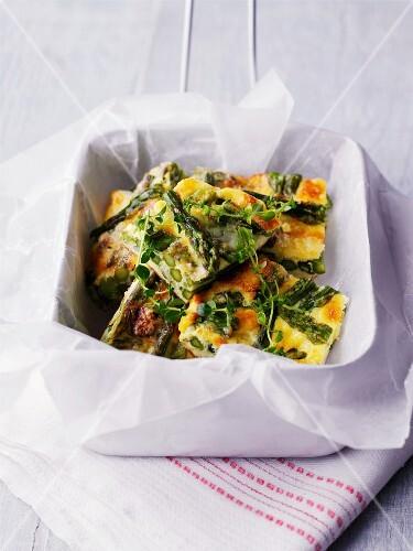 Frittata with green asparagus