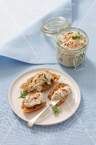 Bread topped with smoked mackerel paste