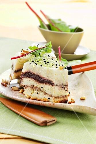 Cauliflower tart with tapenade