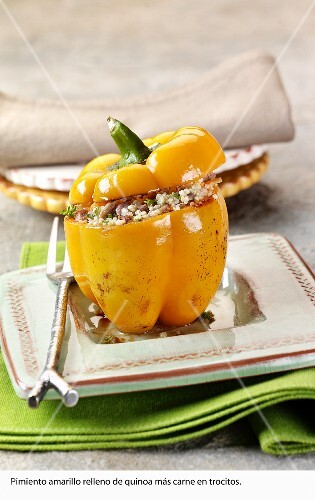 Stuffed pepper filled with quinoa and veal