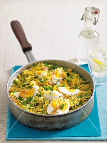 Vegetable kedgeree (Anglo-Indian rice dish with boiled eggs)