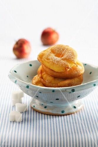 Frittelle di mele (mini Italian apple cakes)