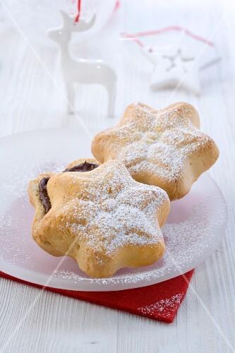 Pandoro (Italian Christmas cake)