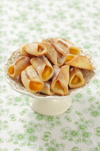 Shortbread rolls with a peach and apple filling